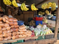 Rice cakes, bananas and dried goods